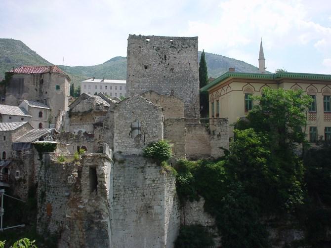 071_Hier war mal eine Brücke Mostar BiH