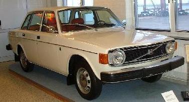 std_1973_Volvo_144_DL_1