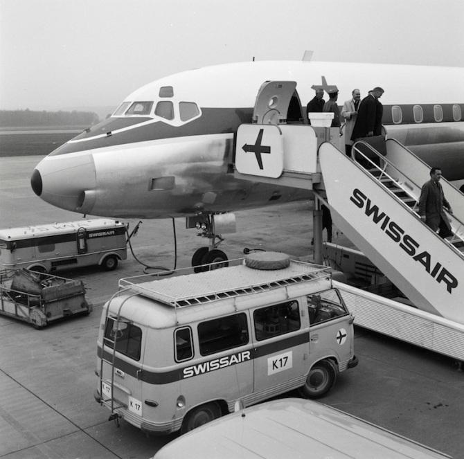 "Bug der McDonnell Douglas DC-8-62, HB-IDE ""Genève"" in Zürich-Kloten"