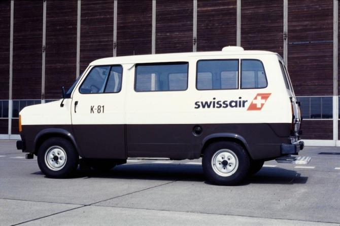Fahrzeug der Swissair am Flughafen Zürich-Kloten