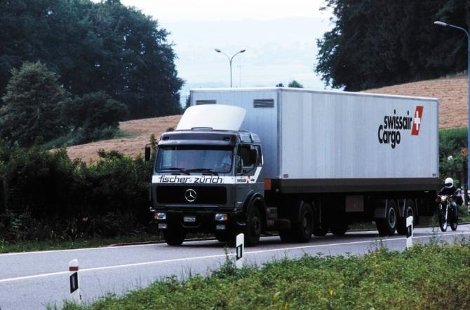 Lastwagen der Swissair Cargo